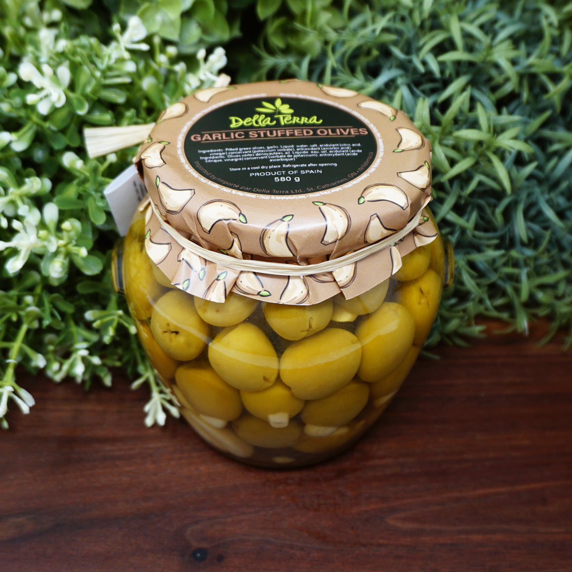 Della Terra Garlic Stuffed Olives