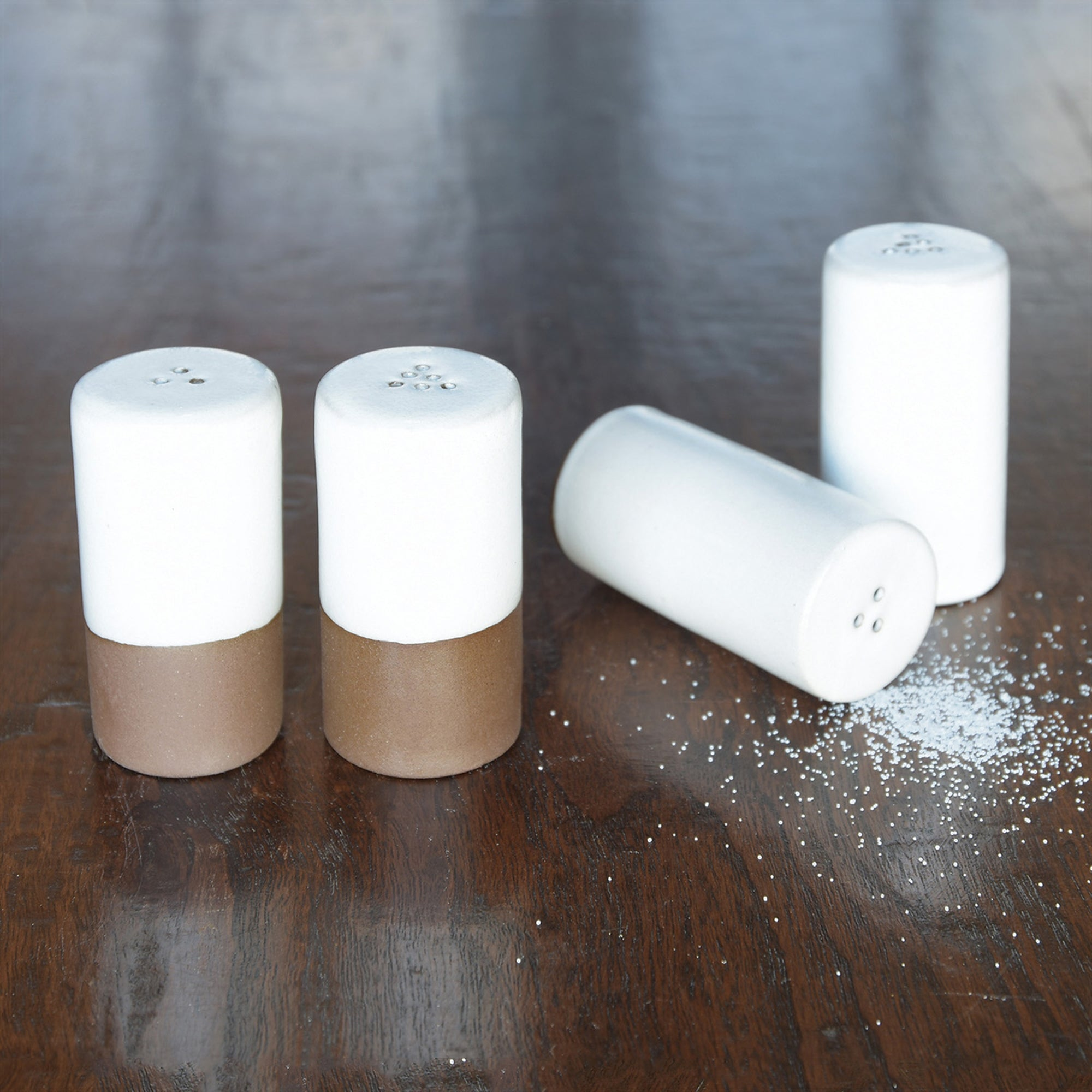 Liam Ceramic Salt + Pepper Shakers - CARLYLE AVENUE
