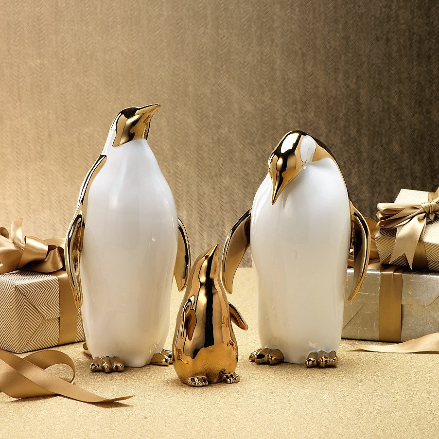 Ceramic Penguin Family - CARLYLE AVENUE