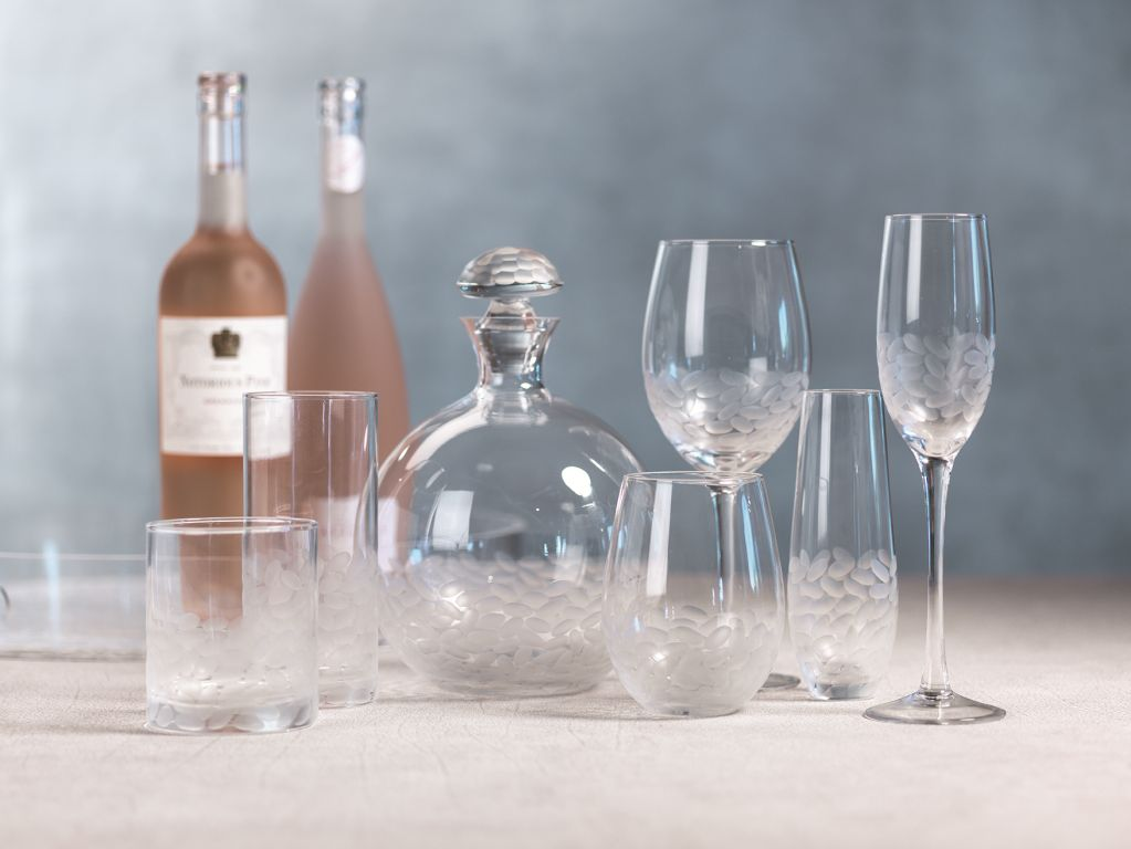 Villa Glassware Collection - CARLYLE AVENUE