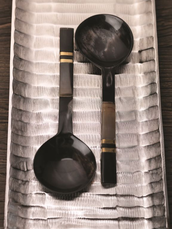 Seychelles Salad Server w/ Horn Handle