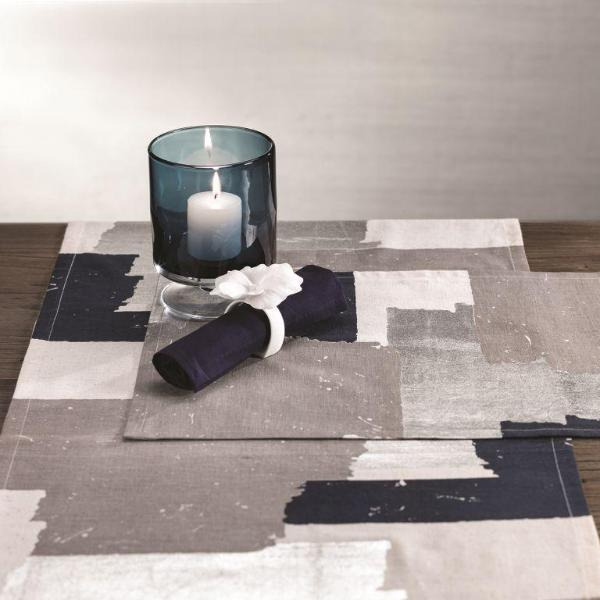 Doma Cotton Linen Placemat and Table Runner - CARLYLE AVENUE