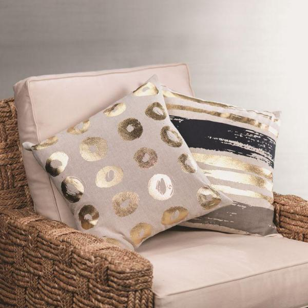 Elisa Cotton Linen Throw Pillow - CARLYLE AVENUE