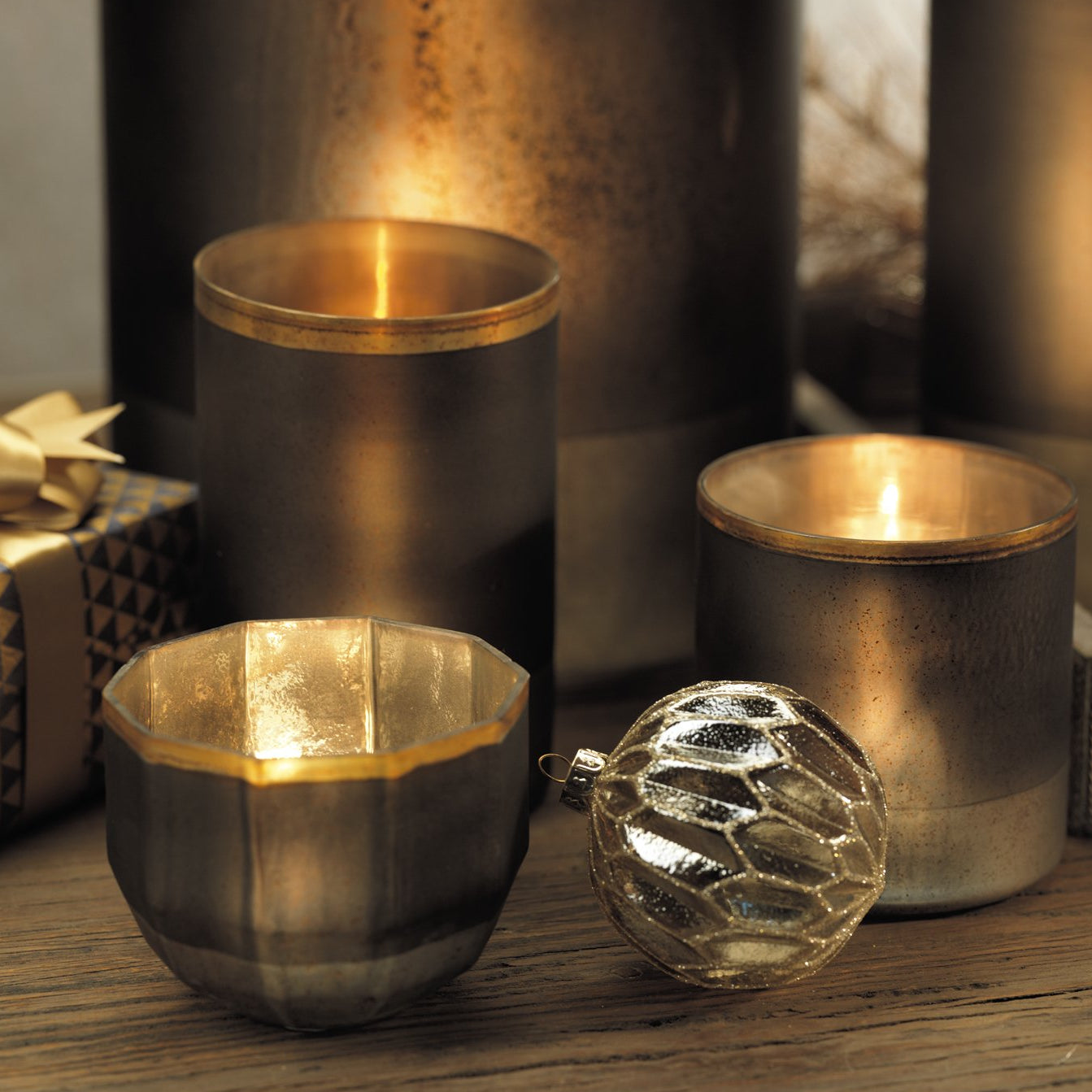 Emilie Faceted Mercury Candle Holders - Black Onyx - CARLYLE AVENUE