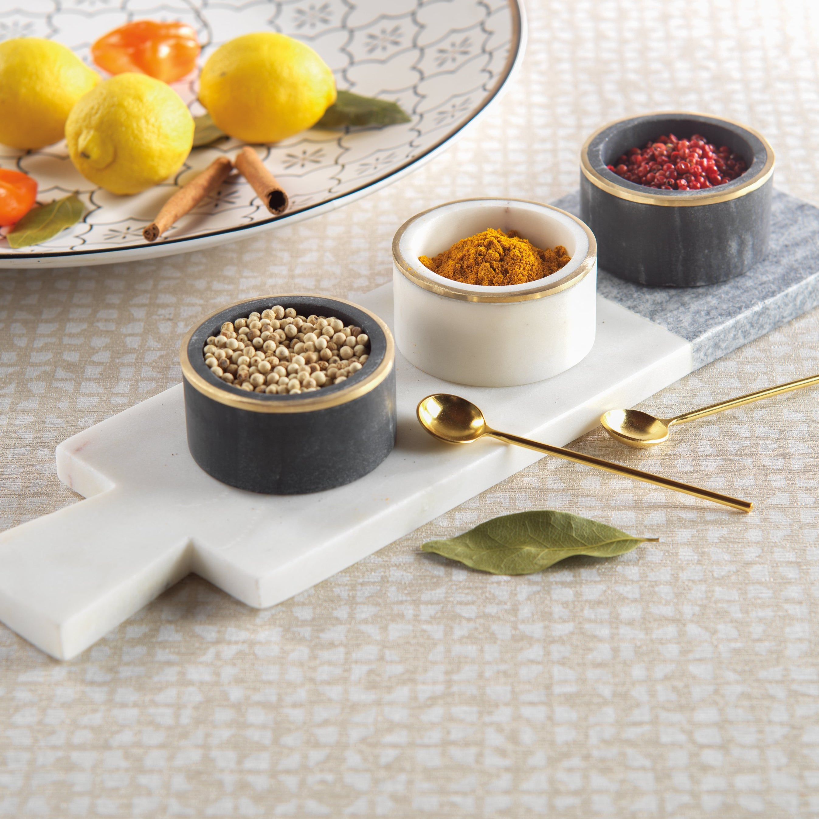 Makrana Two-Tone Condiment Set