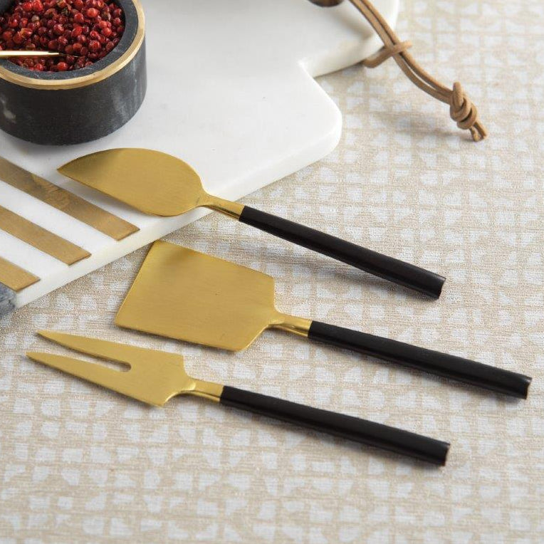 Maxfield Cheese Set - Matte Black & Gold - CARLYLE AVENUE