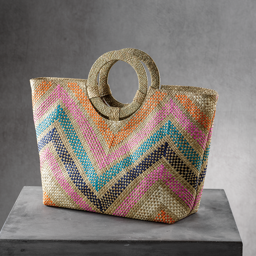 Mia Beach Tote w/Ring Handle - Large Multicolor Zigzag
