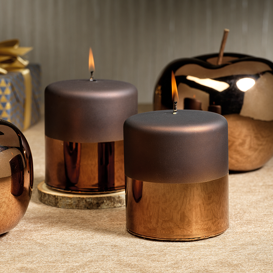 Tonal Metallic Pillar Candle - Chestnut