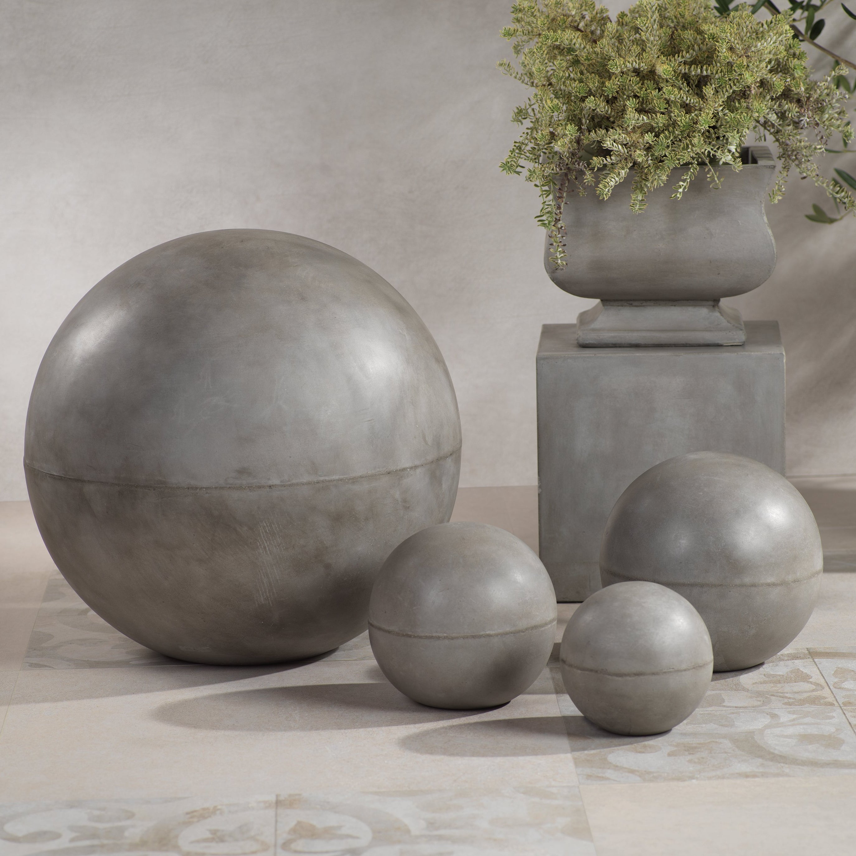Piazza Decorative Ball