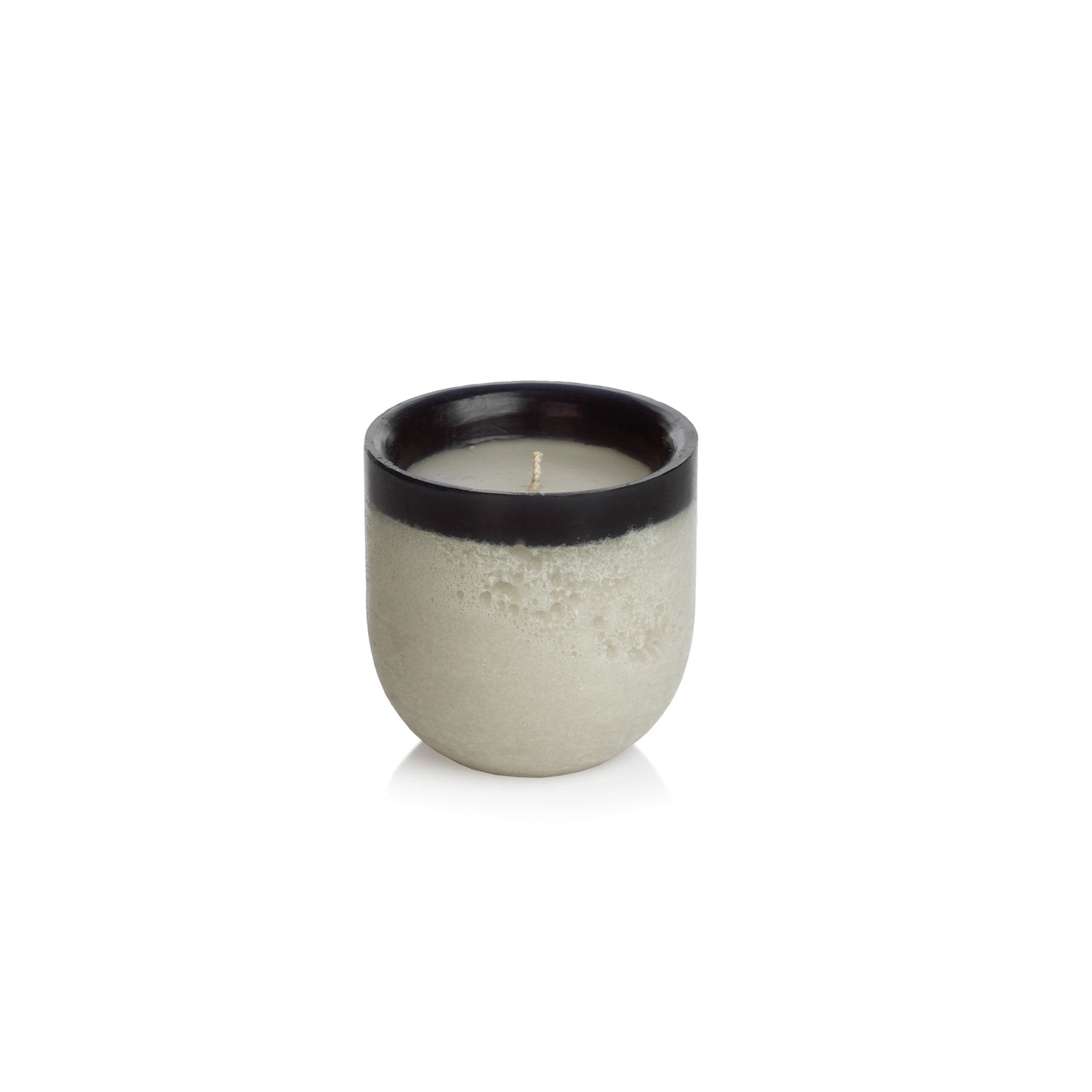 Shoreline Scented Candle - Fig Vetiver / Black - CARLYLE AVENUE