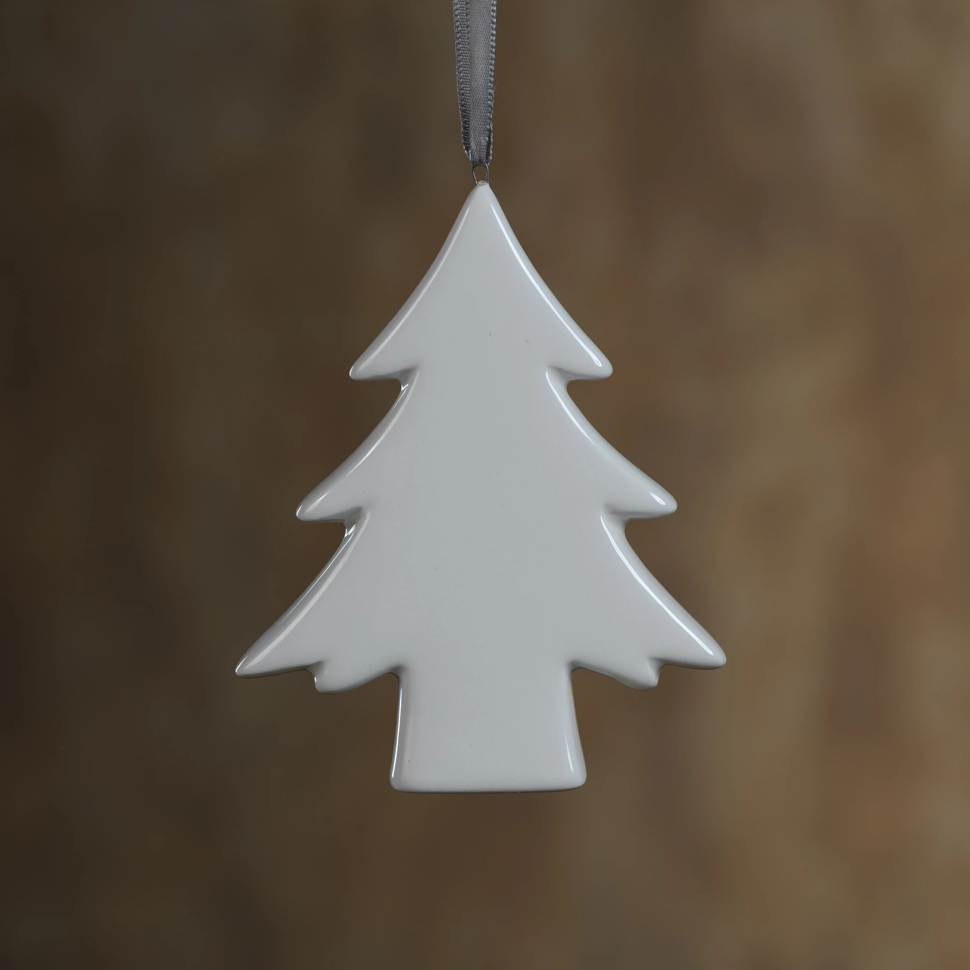 Ceramic White Tree Ornament - Set of 4 - CARLYLE AVENUE