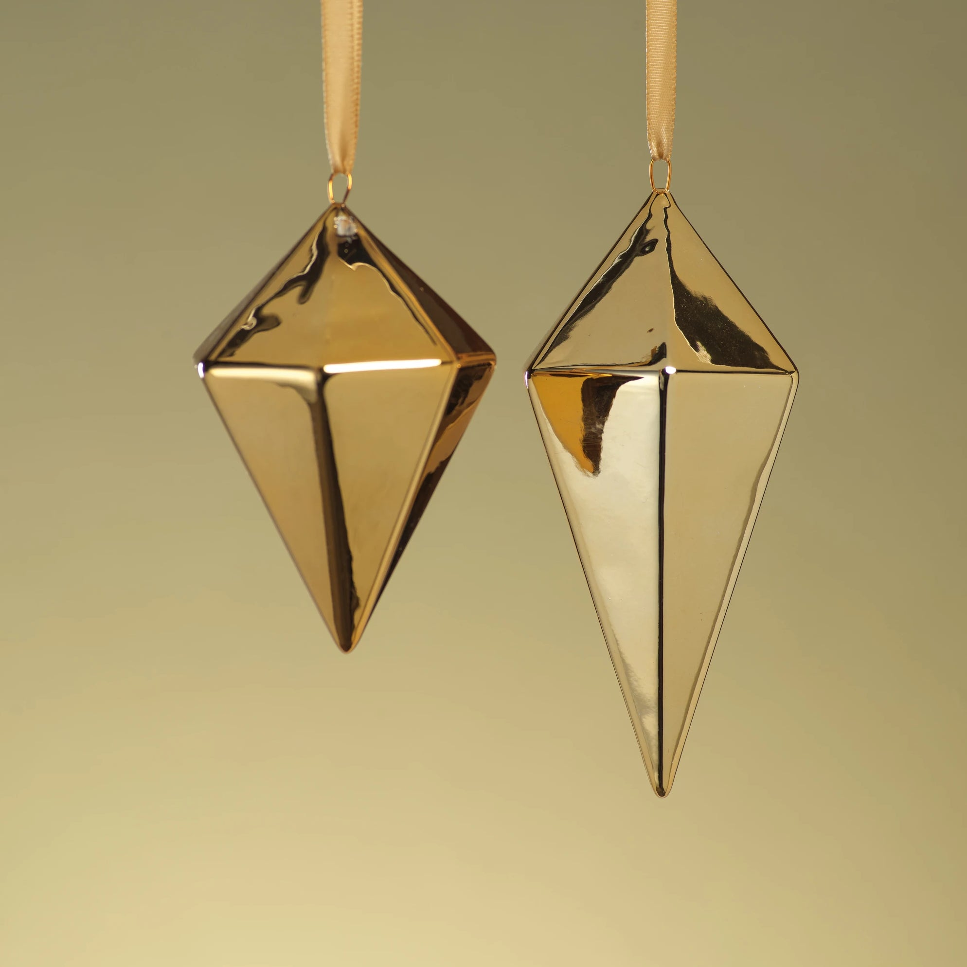 Diamond Ceramic Ornament - Gold - CARLYLE AVENUE