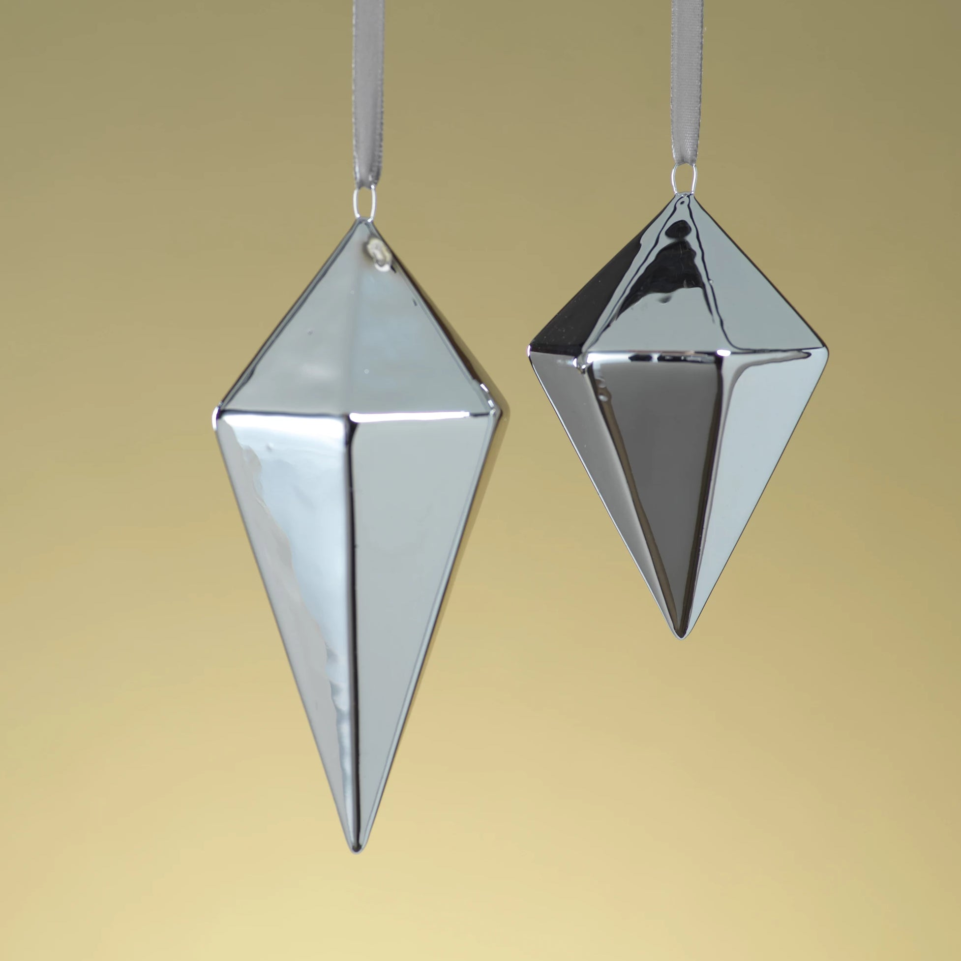 Diamond Ceramic Ornament - Silver - CARLYLE AVENUE