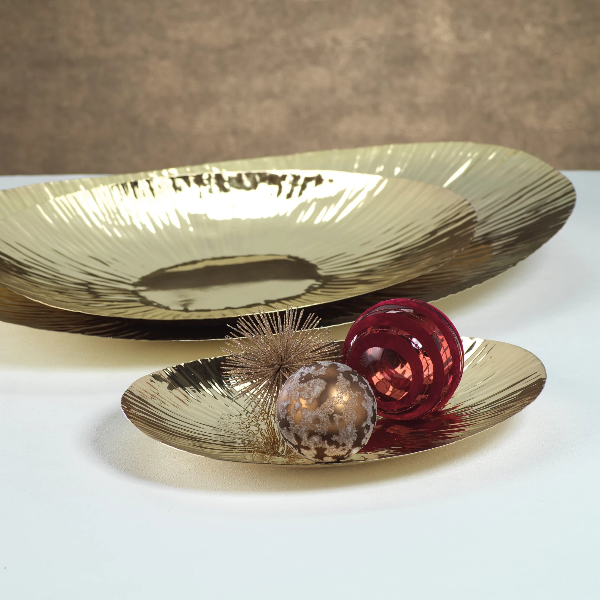 Rippled Oval Gold Tray - CARLYLE AVENUE