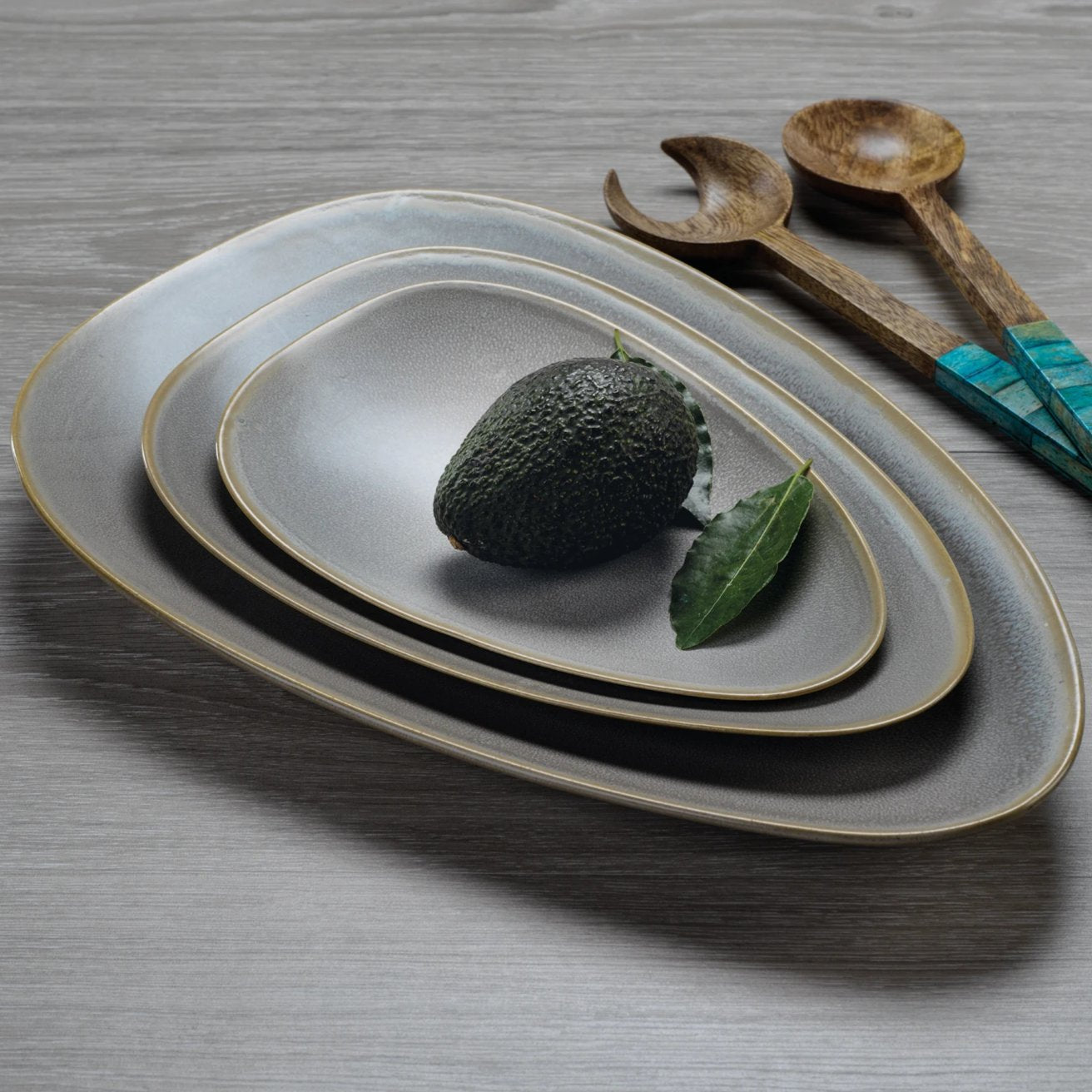 Seychelles Ceramic Platter - CARLYLE AVENUE