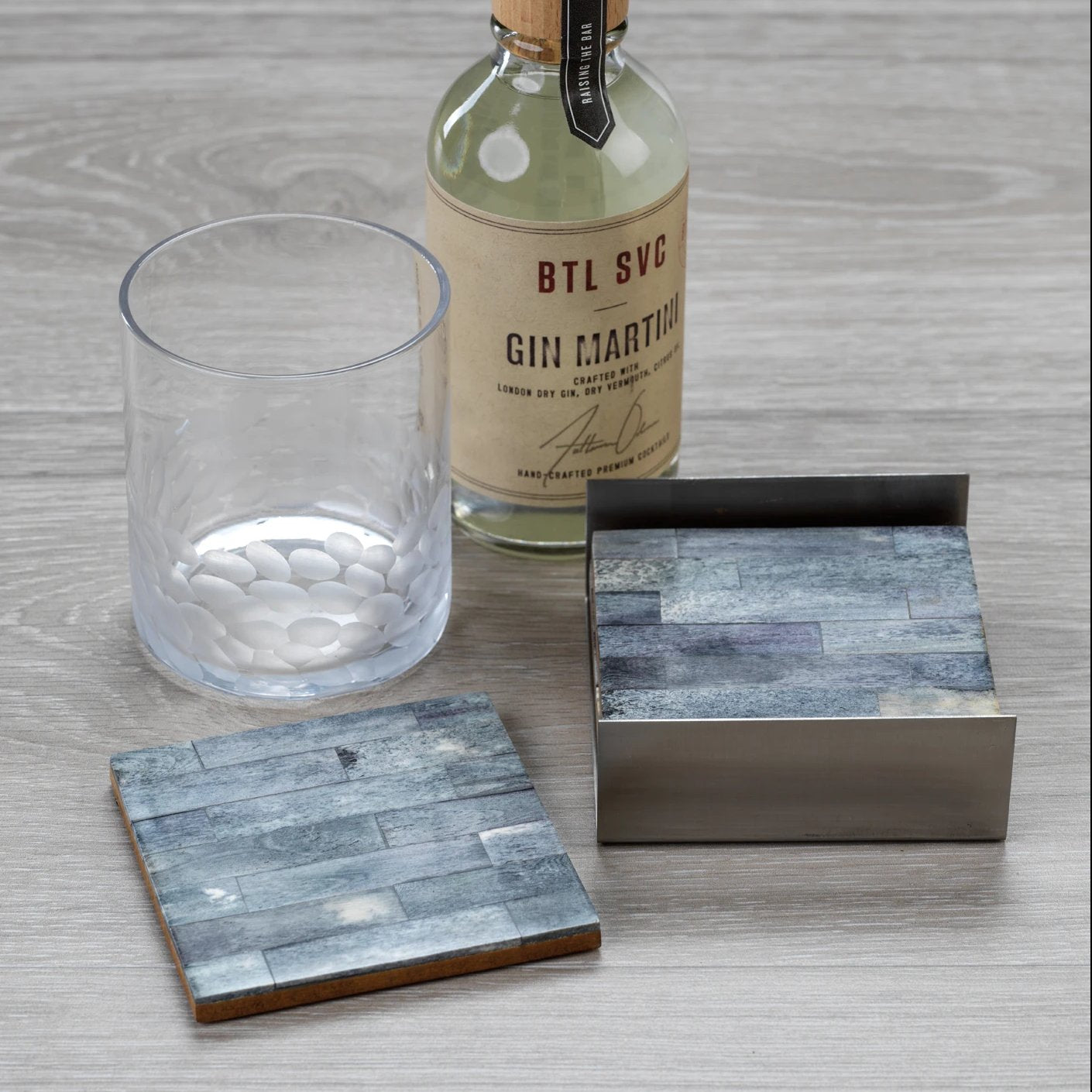 Set of 4 Coasters on Metal Tray - Grey/Silver - CARLYLE AVENUE