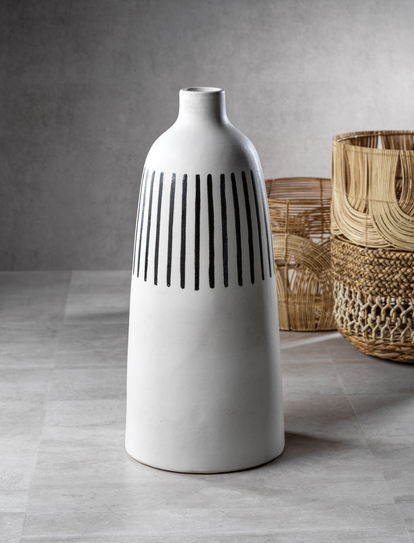 Salento All White Earthenware Vase w/ Black Stripes - CARLYLE AVENUE