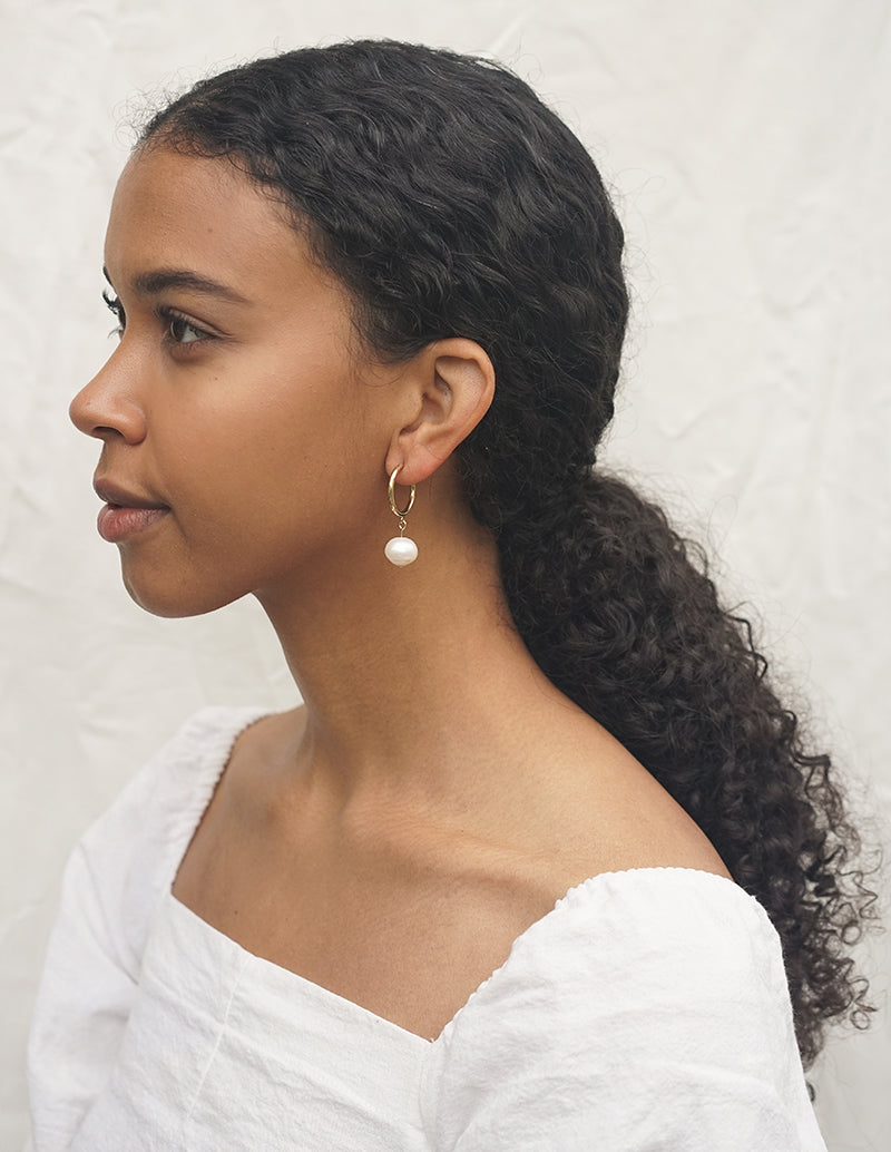 Dew Earrings - White