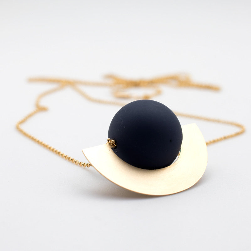 Beam Necklace - Black