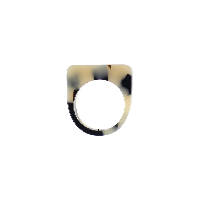Level Ring - Beige Tort