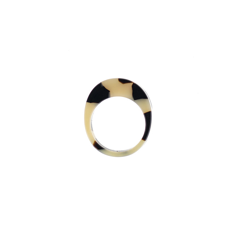 Oval Ring - Beige Tort