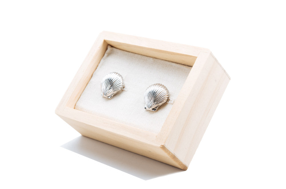 Polished Vineyard Scallop Cufflinks