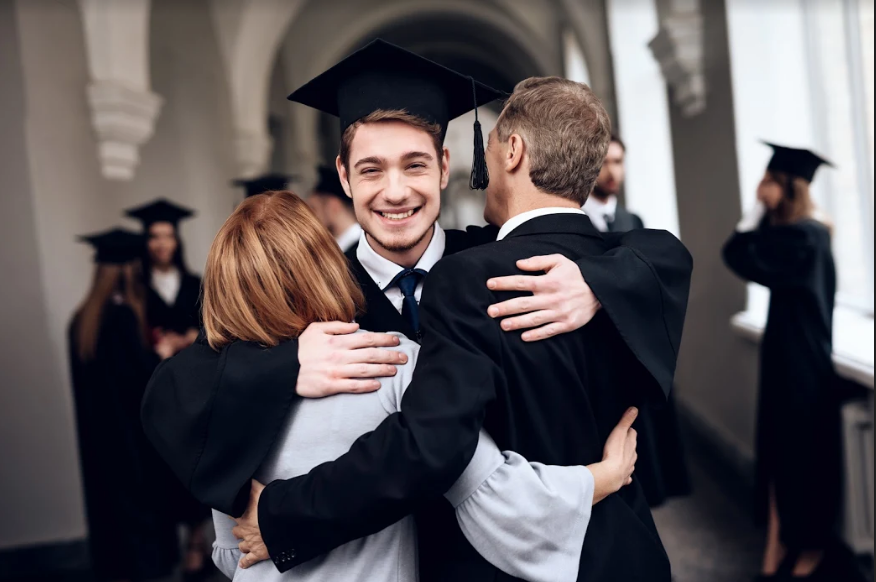 6 Graduation gift ideas that are sure to make you MVP