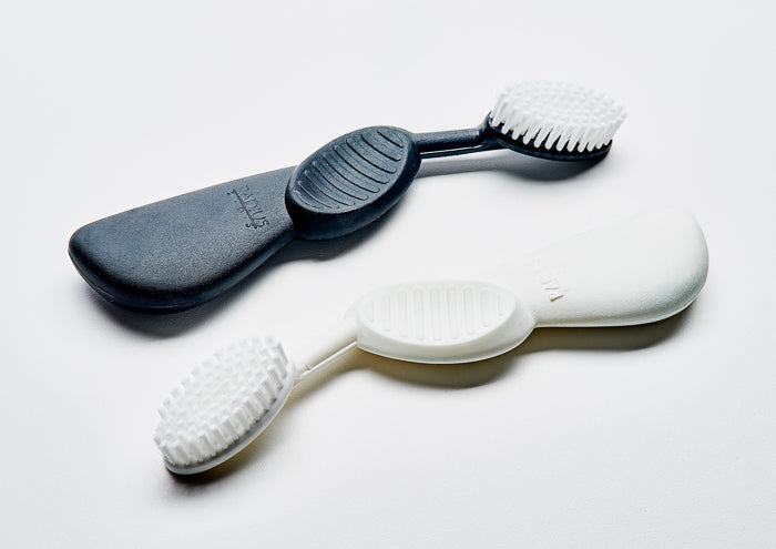 Scuba toothbrushes