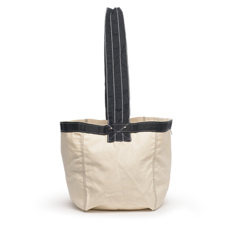 thread honcho paperboy cross body tote side
