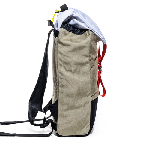 topo designs ypack cave right