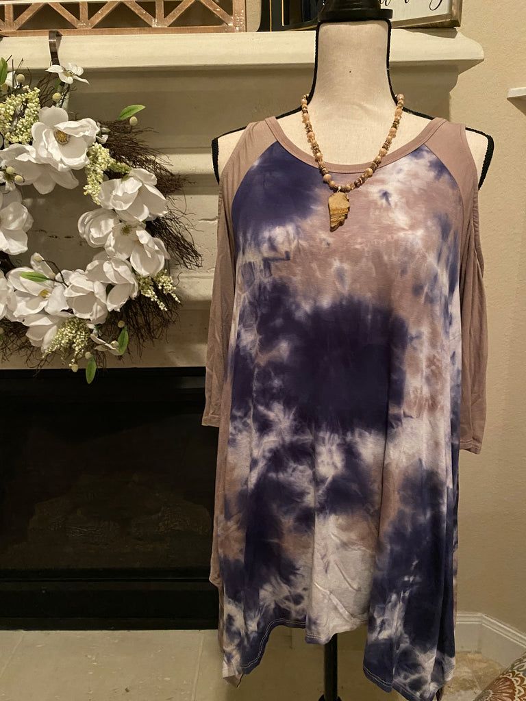 Small Tie-Dyed Cold Shoulder Top