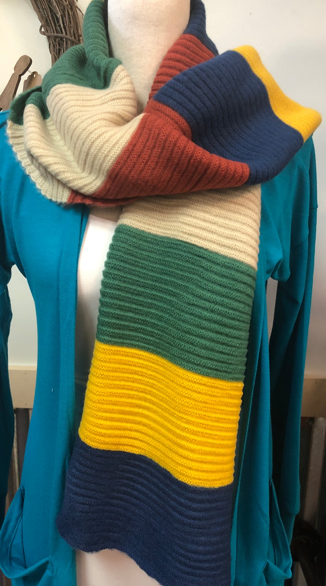 Multicolor Striped Rib Scarf
