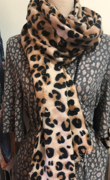 Leopard Print Woven Scarf