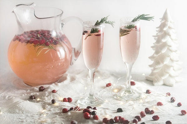 CRANBERRY CHAMPAGNE COCKTAIL FOR FALL