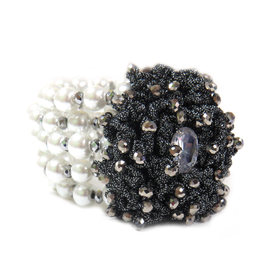 Sydnie Bracelet, with White Pearls, 48mm - 1 piece