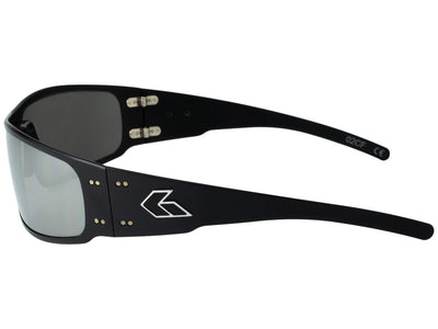 Black / Smoke Polarized w/ Chrome