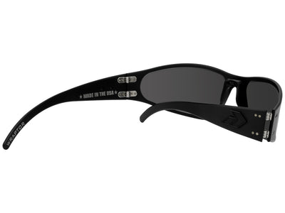Blackout Frame / Smoked Polarized Lens