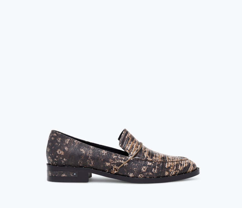 LIGHT HALO LOAFER - FREDA SALVADOR
