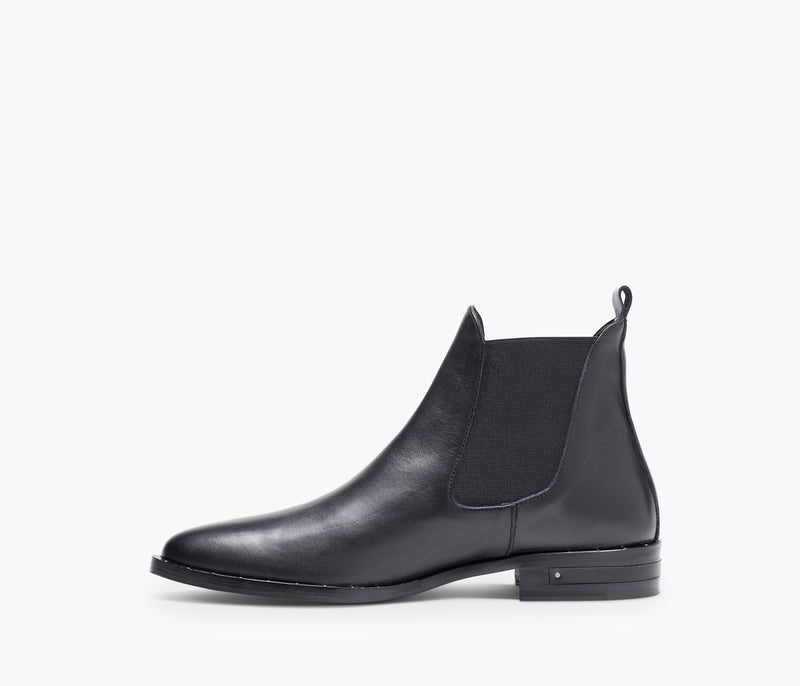 SLEEK CHELSEA BOOT, [product-type] - FREDA SALVADOR Power Shoes for Power Women
