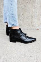 ARROYO Ankle Boot - FREDA SALVADOR Power Shoes for Power Women