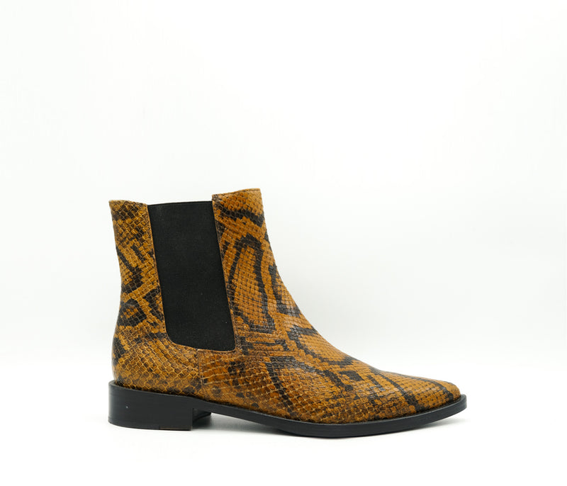 SAMPLE - JOAN BOOT, [product-type] - FREDA SALVADOR Power Shoes for Power Women