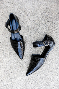 SLOAN D'orsay Pointy Flat