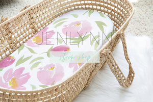 Moses Basket Sheet Mockup #1