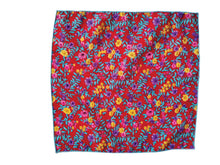 Load image into Gallery viewer, THE WAKEHURST POCKET SQUARE