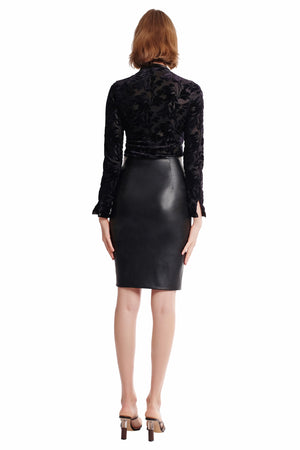 York Curved Zipper Leather Skirt