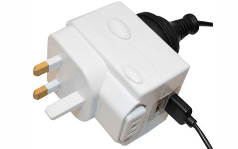 Jackson Universal Multi-Voltage USB Travel Adaptor - Universal Travel Adaptor