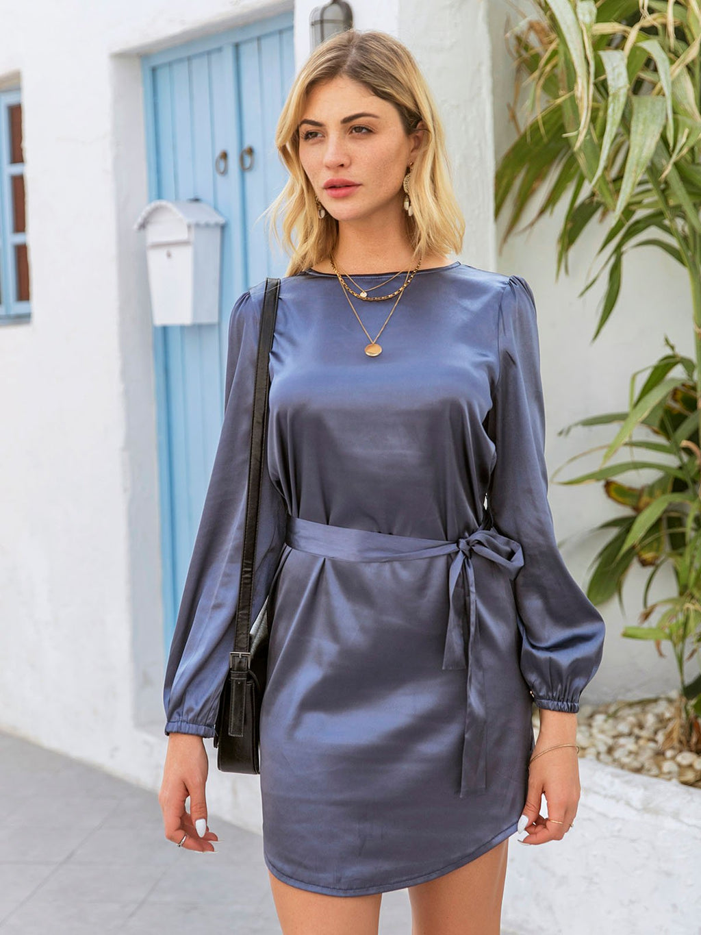 Dark Grey Long Sleeve Crew Neck Solid Dresses