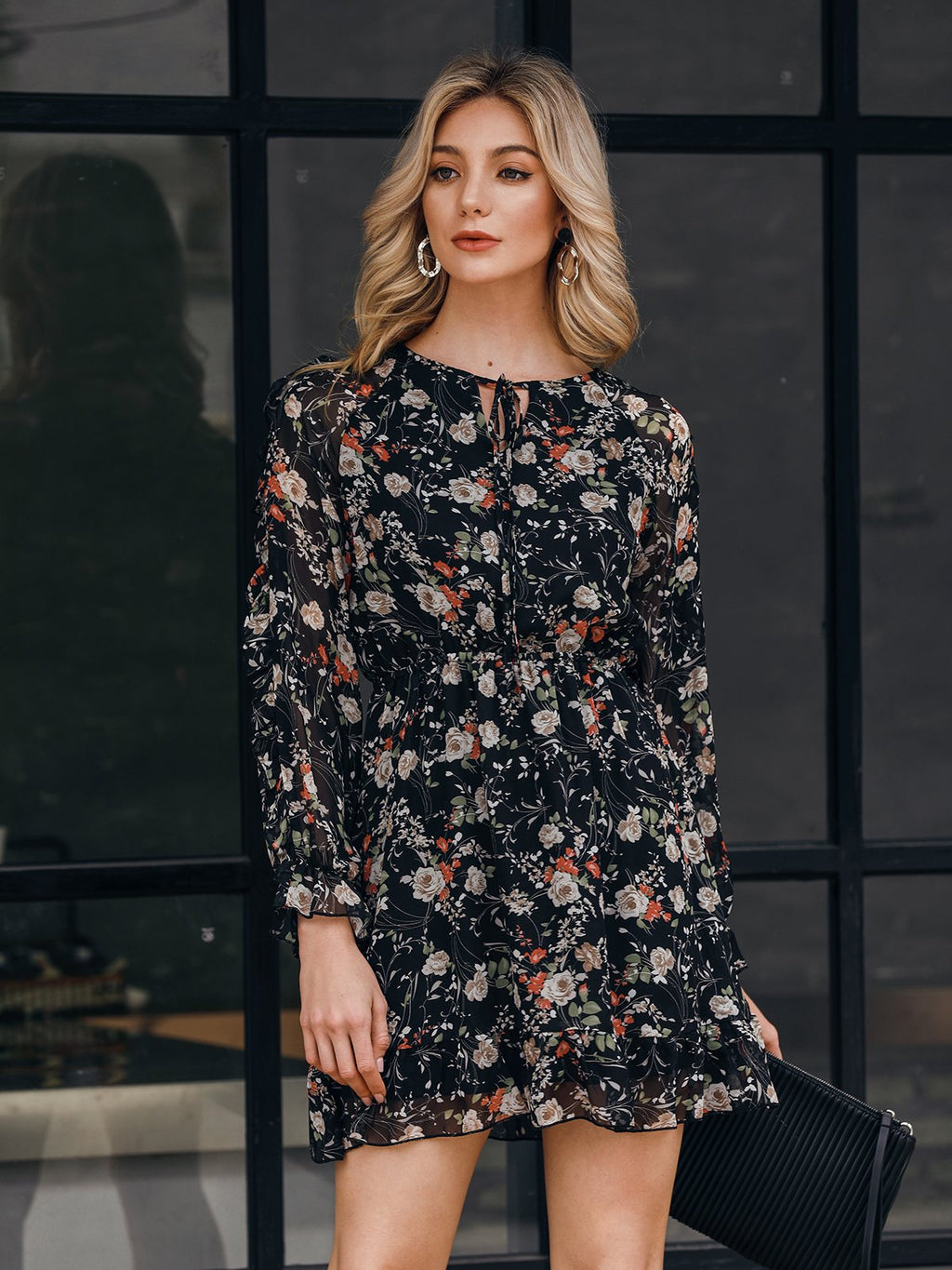 Black Holiday Long Sleeve Chiffon Shift Dresses