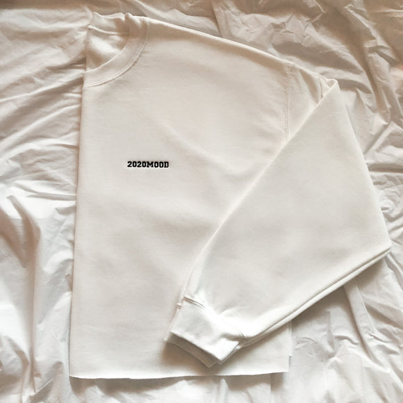 White CROP Oversized 2020MOOD Crewneck