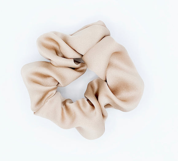 MINI Creamy beige Silk Scrunchie